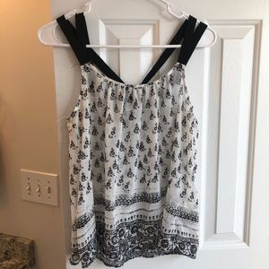 Express white and black tank S